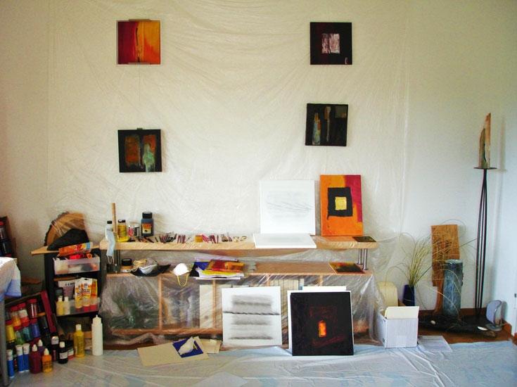 http://elianepuerro.ch/files/gimgs/th-1_1_atelier.jpg